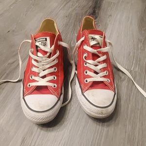 Red converse all⭐star